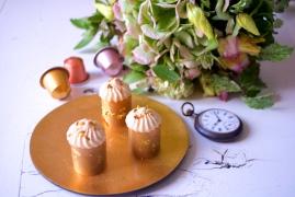 Camille: croustillant lait, biscuit, ganache aux épices massale, chantilly Dulcey Valrhona et miel