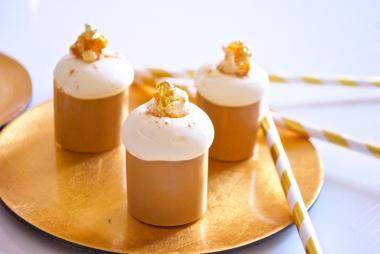 Jean: croustillant chocolat blanc, ganache pop-corn, caramel au beurre salé, chantilly chocolat blanc
